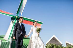 Holland love shoot windmills